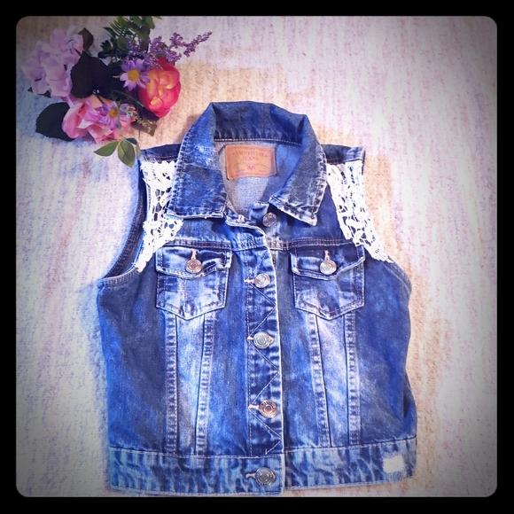 Amethyst Jeans distressed crotchet lace de…